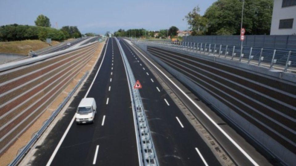 Tangenziale di Udine ridotta per lavori, le modifiche alla viabilità da lunedì sera