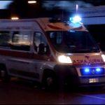 Esce di strada e va a sbattere contro un muro a Socchieve, 81enne ferito