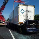 Tragedia sull'A4, auto finisce sotto un camion frigo