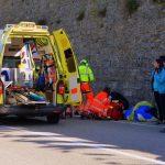 Non rispetta lo stop e provoca un incidente sulla Napoleonica, una donna ricoverata in condizioni gravi
