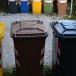 Lotta al degrado, a San Giovanni arrivano i sacchetti dei rifiuti anti-abbandono