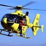 Cade da due metri di altezza a Cividale, trasportato in elicottero in ospedale