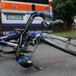 """In giro in bici per il Friuli, troppi pericoli per i ciclisti: """"Così si rischia la vita"""""""