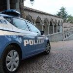 Andava a rubare nelle case portando la figlia di 2 anni: coppia arrestata a Udine