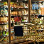 Allarme prezzi nei supermercati del Friuli. Per carne, uova, frutta e mascherine rischio rincari
