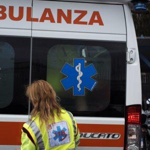 Incidente sulla strada provinciale a Medea, 2 automoblisti coinvolti