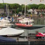 Tempesta e onde alte nel mare di Lignano, soccorse 13 persone nel pomeriggio
