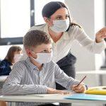Le nuove linee guida anti Covid delle scuole in Fvg, dalla mascherina al banco alla ricreazione a turno. Torna la didattica a distanza