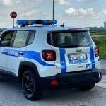 Consegna cibo a domicilio a Udine, ma è senza patente e assicurazione: maxi multa