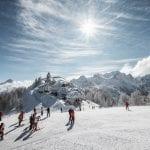 """Stanziati 36 milioni per i poli dello sci in Friuli: """"Sbagliato costruire nuove piste"""""""