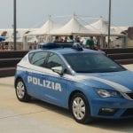 Derubava i turisti in spiaggia a Lignano, rintracciato e arrestato in Svezia
