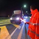 Scontro in autostrada vicino al nodo di Palmanova, grave il conducente di un furgone