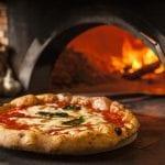"""Le """"pizze solidali"""" per i chi è in difficoltà, il gesto di un ristoratore di Gonars"""