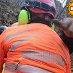 Cade assieme al suo cavallo e si fa male dopo un volo di 50 metri sul Monte di Ragogna