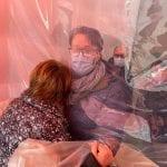 """Una """"stanza degli abbracci"""" in casa di riposo a Latisana per ritrovare i propri cari"""