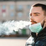 """Divieto di fumo davanti le scuole Fvg: """"Abbassare la mascherina è pericoloso"""""""