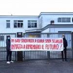 """""""Vogliamo il ritorno a scuola in presenza e in sicurezza"""", la protesta oggi davanti a un istituto superiore di Gorizia"""