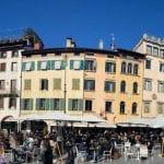 Bar e città presi d'assalto, in montagna folla di visitatori: ultime ore di zona gialla in Fvg