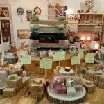 """I saponi artigianali nascono a Venzone, la bottega di Paola e Roberto """"raddoppia"""""""