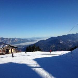 Sulle piste da sci del Friuli soltanto con il Green Pass, in arrivo le nuove linee guida