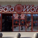 Furti in serie, erano l'incubo della catena Mediaword: 2 arresti ed un denunciato