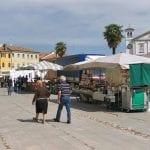Torna il mercato straordinario a Palmanova, bancarelle anche domenica