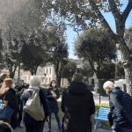 A Monfalcone una panchina azzurra contro i tumori, l'iniziativa della Lilt