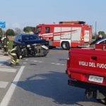 Scontro tra 2 auto a Castions di Strada, i conducenti finiscono in ospedale