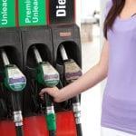 Sconti sulla benzina più alti in 4 comuni dell'Isontino per evitare il turismo del pieno