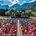 Dalla rivelazione di Sanremo ai big internazionali, torna il No Borders Festival a Fusine