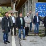 """Riaprono i valichi con Austria e Slovenia, a Tarvisio il brindisi """"senza confini"""""""