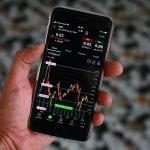 Trading online: tra rischi e opportunità, conviene oggi iniziare a investire sui mercati?