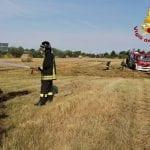 Rotoballe a fuoco a Codroipo, minacciato un vicino parco fotovoltaico