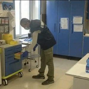 Farmaci scaduti nel Centro di salute mentale di Cividale, infermiere nei guai