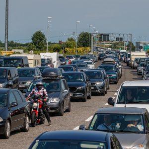 Traffico sostenuto e lunghe code, mattinata difficile sulle autostrade del Fvg