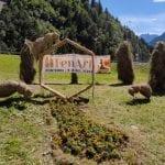 """Il fieno diventa una scultura da ammirare, a Pontebba è in arrivo il festival """"Fen Art"""""""