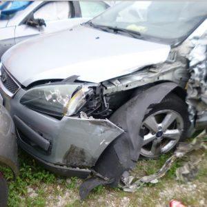 Coinvolto in un grave incidente, l'assicurazione non lo risarcisce