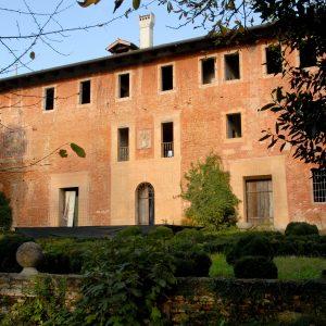 Forse non tutti sanno che ad Ariis c'è la splendida Villa Ottelio