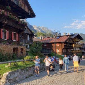 Sappada vecchia diventa pedonale per l'estate, la gioia dei turisti