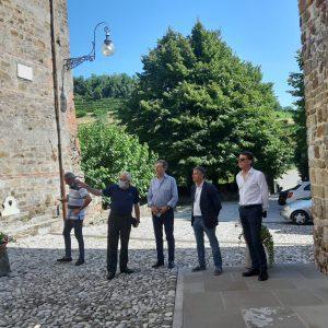 Il muro di cinta dell'abbazia di Rosazzo sta crollando, parte il recupero