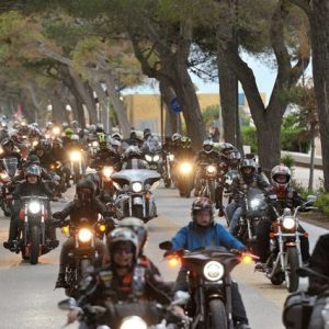 In migliaia a Lignano per il Biker Fest, rombo di motori e divertimento