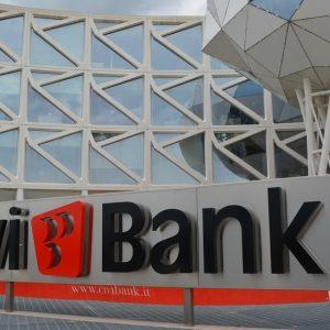 Avevano comprato le azioni della Civibank, 2 clienti saranno risarciti