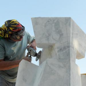 Otto opere da tutto il mondo, le splendide sculture al Simposio di Vergnacco