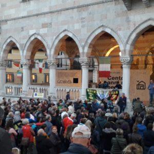 La solidarietà di Udine dopo la giornata di tensione al porto di Trieste