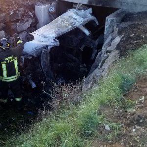 Muore a 24 anni nell'auto in fiamme a Santa Maria la Longa, shock in Friuli per Guglielmo