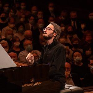 Il pianista goriziano Gadjiev già nella storia, raggiunge la finale del prestigioso Chopin