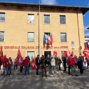 """Assalto """"no pass"""" alla Cgil, i presìdi di solidarietà nelle sedi Fvg del sindacato"""