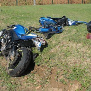 Finisce fuori strada con la moto a Udine, gravissimo un 32enne