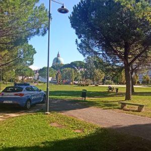 Spaccio di droga al parco Moretti di Udine, anche tanti giovani tra i clienti