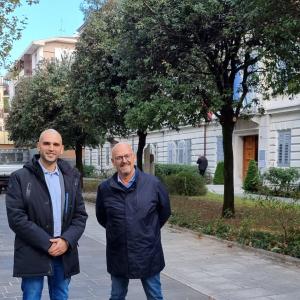 L'area verde davanti all'ex Provincia di Gorizia ritrova il suo splendore